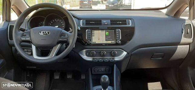 Kia Rio III Hatchback (UB) 2015