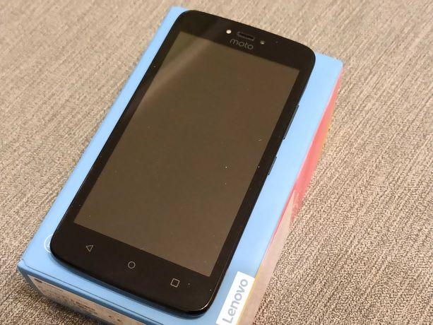 Майже новий телефон Motorola Moto C