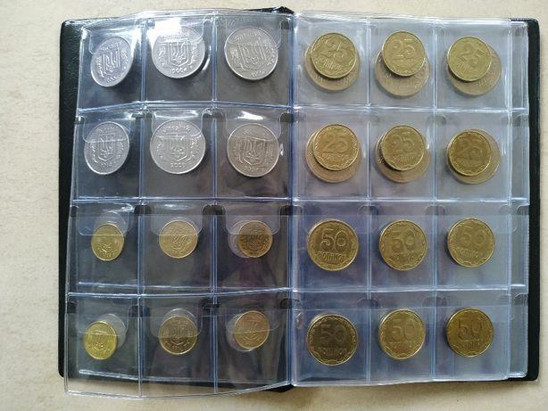 Альбом с монетами Украины, 1992-2019 (42 монеты, разные года) .