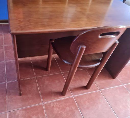 Secretaria com cadeira em madeira maciça