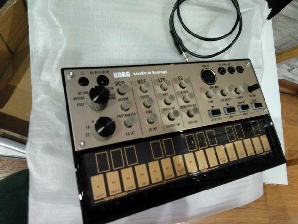 korg volca keys syntezator