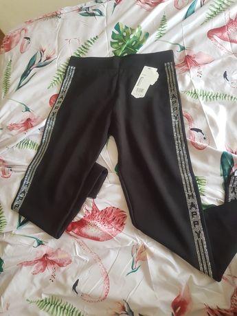 Spodnie damskie czarne i granatowe