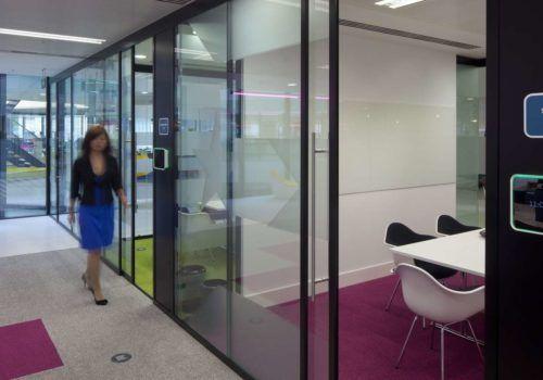 Стеклянные перегородки, стеклянные двери, офисные перегородки