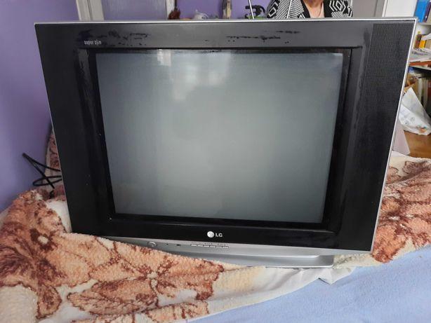 Telewizor 21 LG sprawny