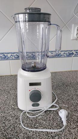 Liquidificador Kenwood BLP41.A0WH usado, como novo
