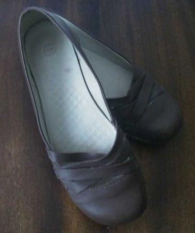 Туфли женские, Dr. Martens, 36-37 р., коричневые кожаные