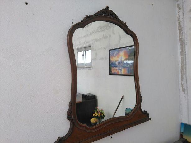 Espelho em madeira como Novo.