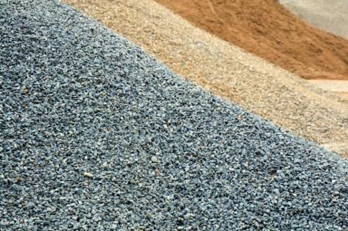 Najtaniej piasek, pospółka, kamień z transportem
