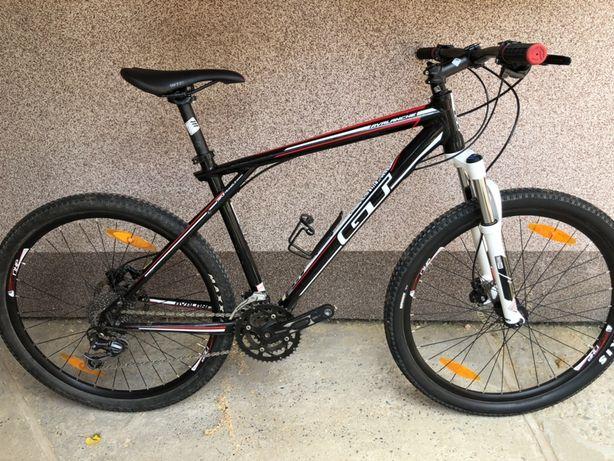 Велосипед GT Avalance 2.0 / RockShox