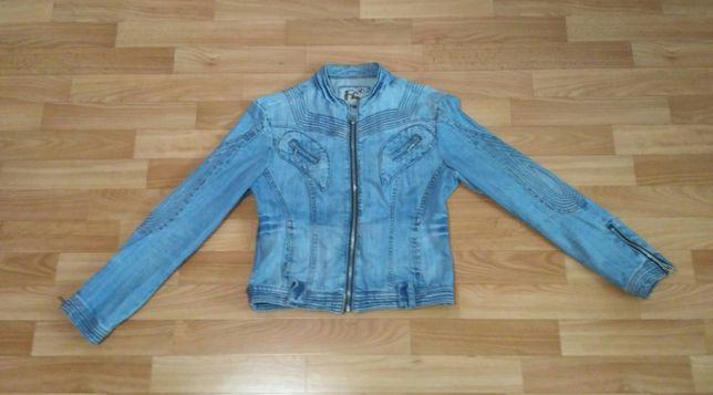 Джинсовая куртка\ветровка\42-44разм\женская\для девочки\подростковая