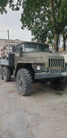 Вантажний автомобіль Урал 4320