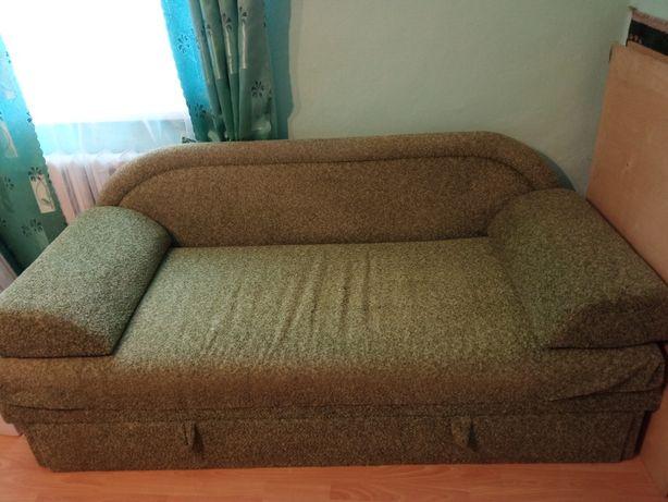 Продам розкладний диван