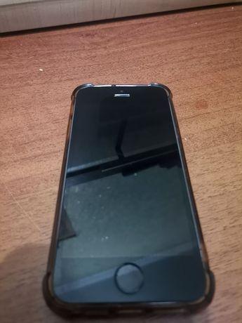 Продам теоефон IPhone 5s на 16 GB айфон 5с