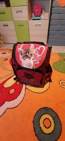 Sprzedam plecak dla dziewczynek