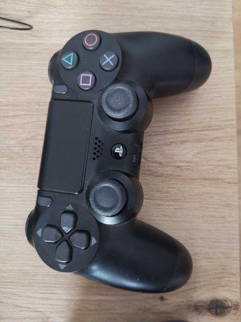 PS4 Pro 1TB 4k +2 pady