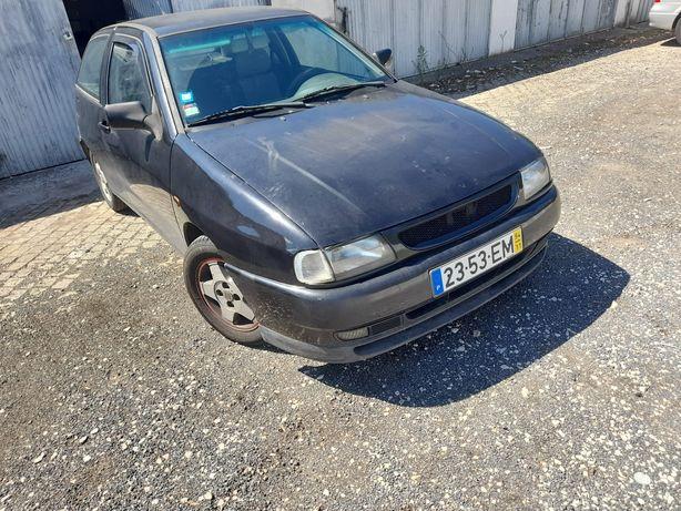 SEAT Ibiza 6k3 comercial troco por Opel combo ou algo do gênero