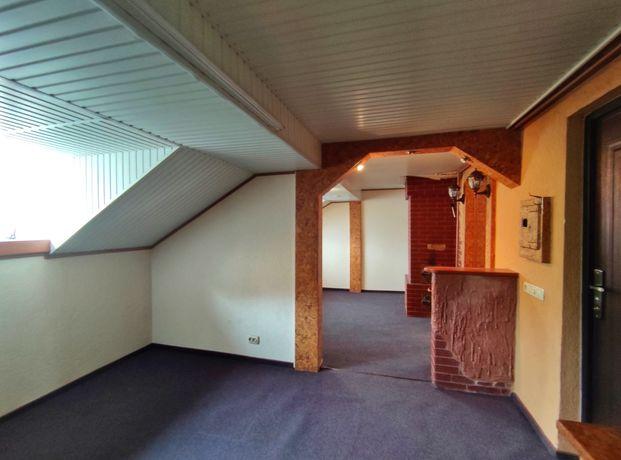Унікальна квартира під дахом на Михайлівській