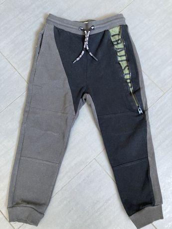 Spodnie dresowe Reserved roz.116