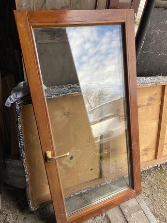 Окна и дверь