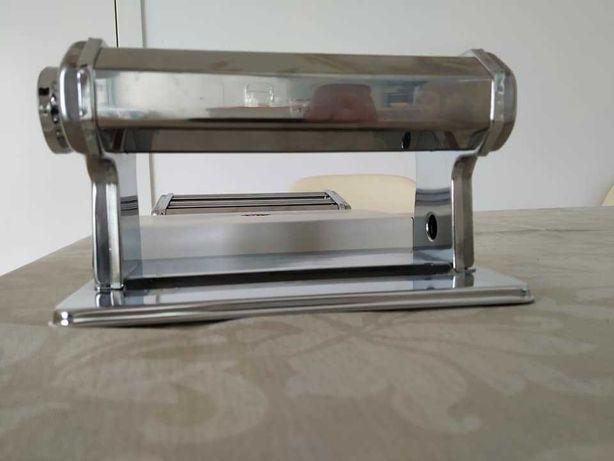 máquina de esticar pasta / massa fresca