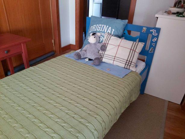 Cama crianca IKEA c colchão novo 120€
