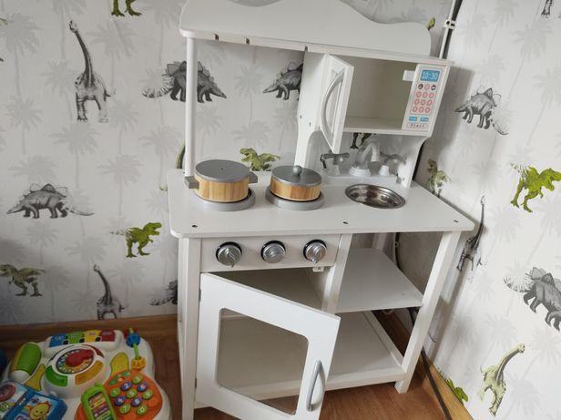 Kuchnia drewniana +warzywa garnuszki