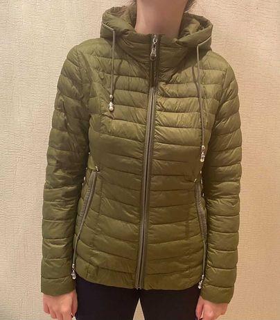 Продам подростковую куртку , рост 168