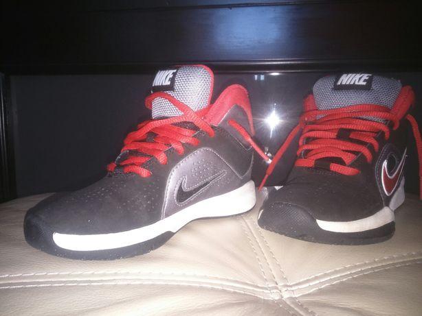 Nike,кроссы  29 размер,530грн.торг