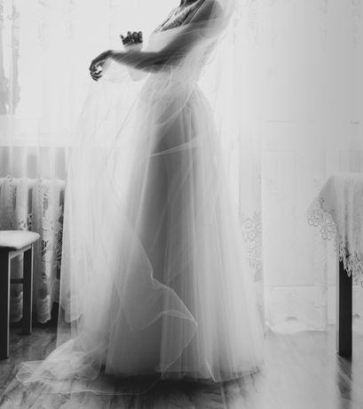 Sukienia ślubna biała
