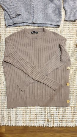 Sweter xs guziki