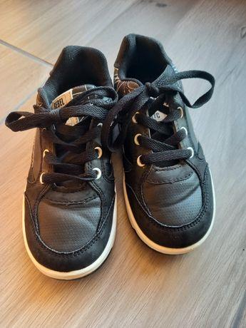 Buty sportowe  chłopięce 30