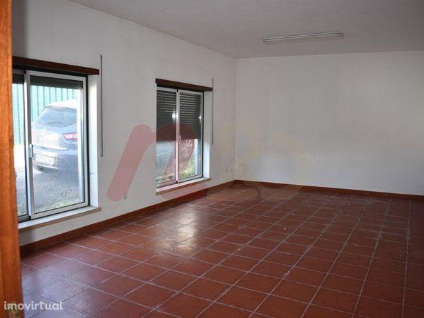 Moradia T6 no Juncal, Porto de Mós - 100 % financiado