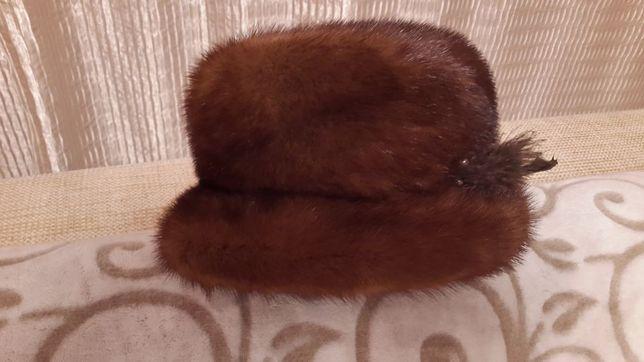 Продам женскую норковую зимнюю шапку.