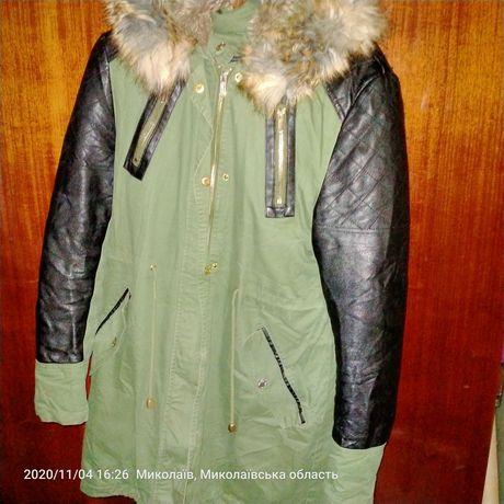 Продам зимнюю куртку парка