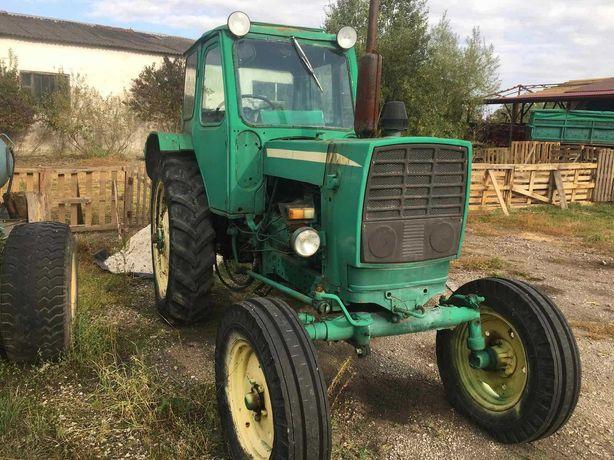 Трактор ЮМЗ-6 в хорошому  стані