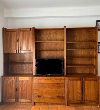 3 estantes em pinho mel