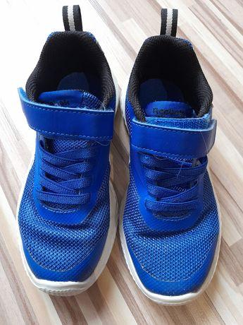 Adidas Reebok Piankowa podeszwa lekkie.  Buty zmienne 29