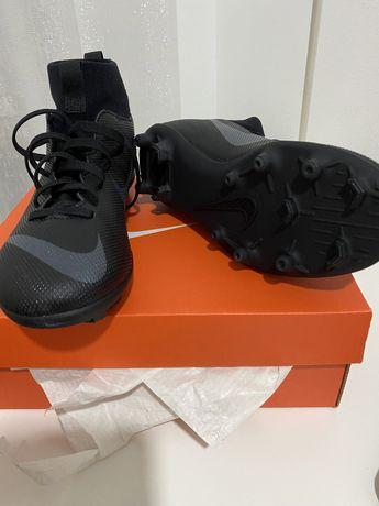 Chuteiras Nike Superfly 6 N• 38 (Novas em caixa)