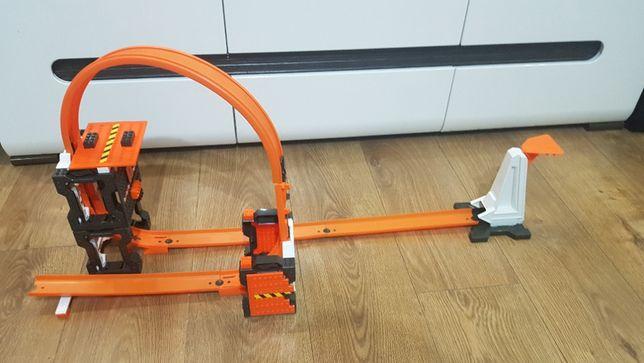Hot wheels track builder szalone kraksy dww96