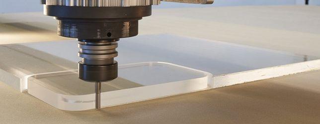 Usługi CNC frezowanie w drewnie, płytach, hpl