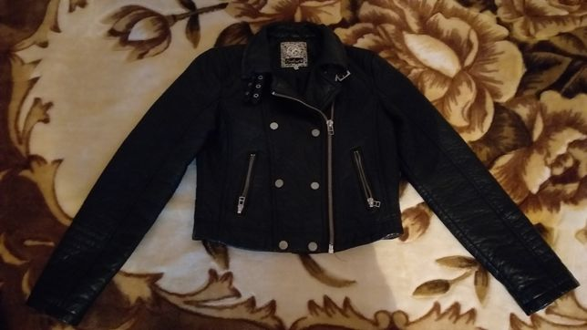 Новая куртка эко кожа весна-осень