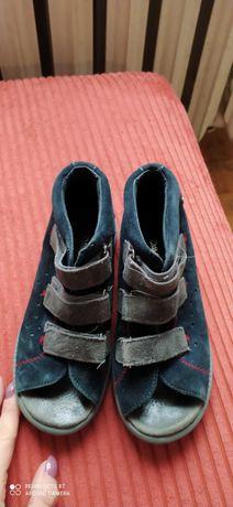 Sandały, obuwie do domu profilaktyczno ortopedyczne