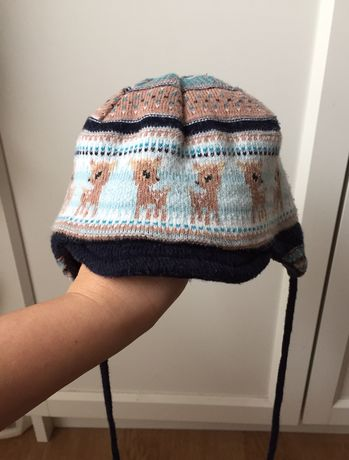 Ciepła czapeczka niemowlęca w sarenki, r. 0-3 mies., obwod 38 cm