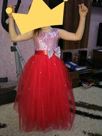 Платье очень красивое нарядное пышное выпускной праздничное