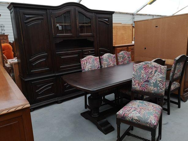 Dębowa jadalnia Kredens stół z 6 krzeslami
