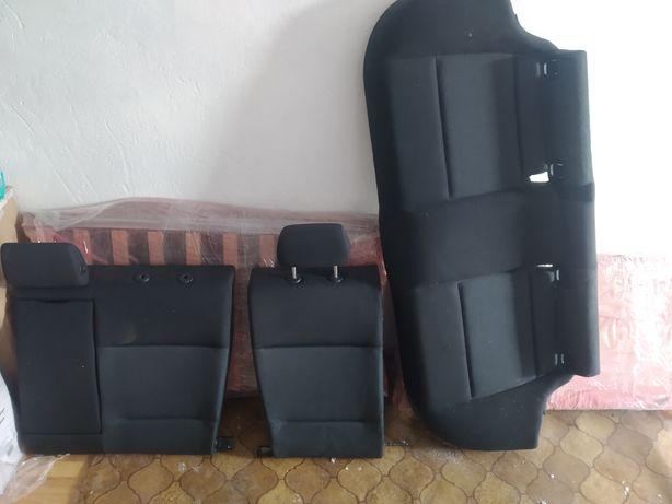 Сидіння(задні) диван bmw е90 2007 р.в.