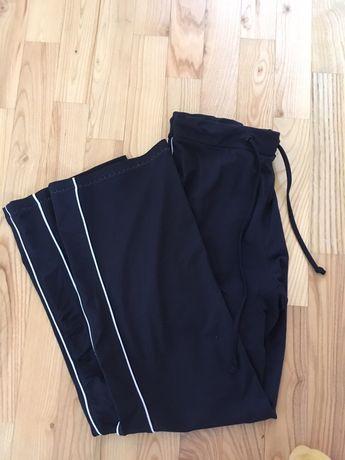 dresy czarne sportowe z paskami