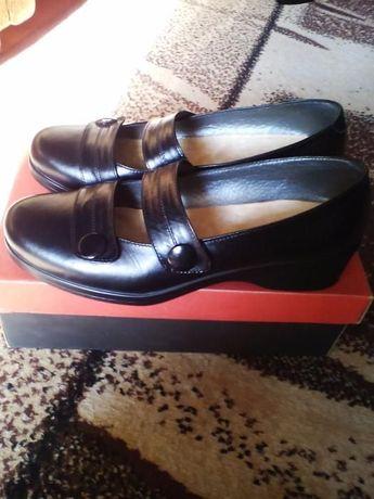 Туфлі шкіряні нові!