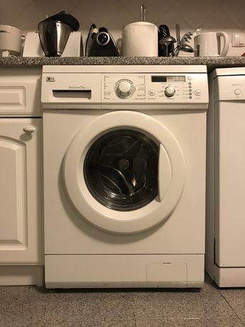 Máquina de lavar roupa LG 7kg