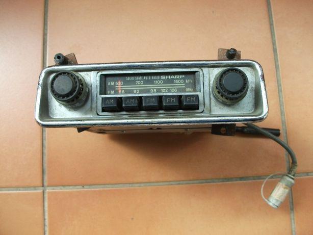 Auto-rádio Sharp AR-946 antigo